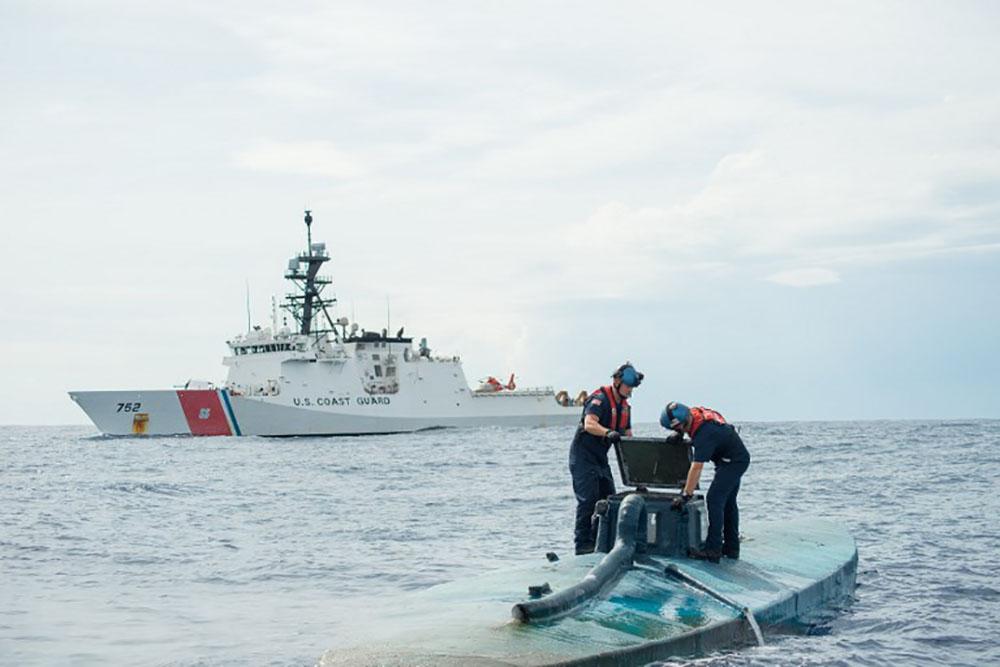 Photo d'archive d'un submersible illégal.