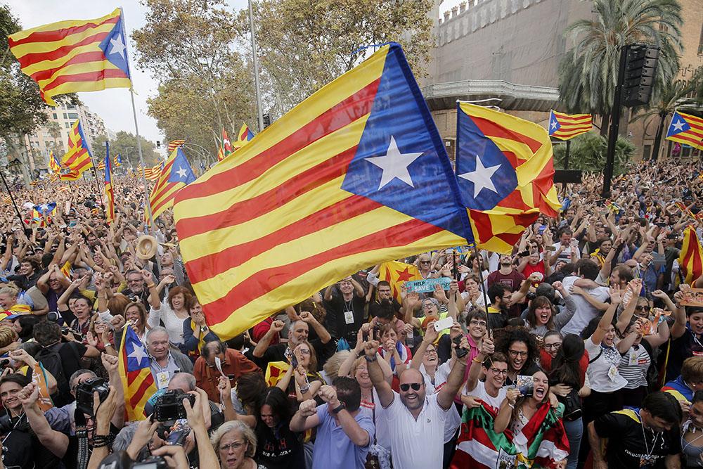 Le Parlement catalan rompt avec l'Espagne