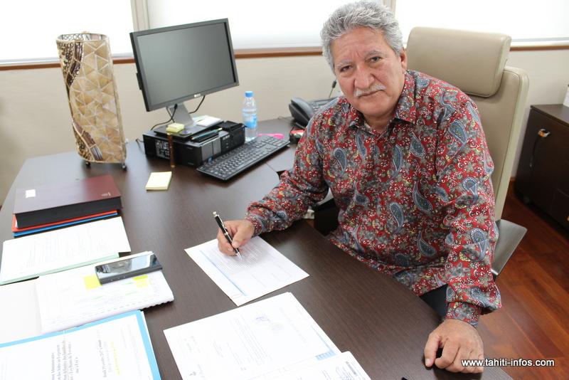 """""""Le souci des Polynésiens c'est d'avoir un emploi, un logement et une terre"""" (Bouissou)"""