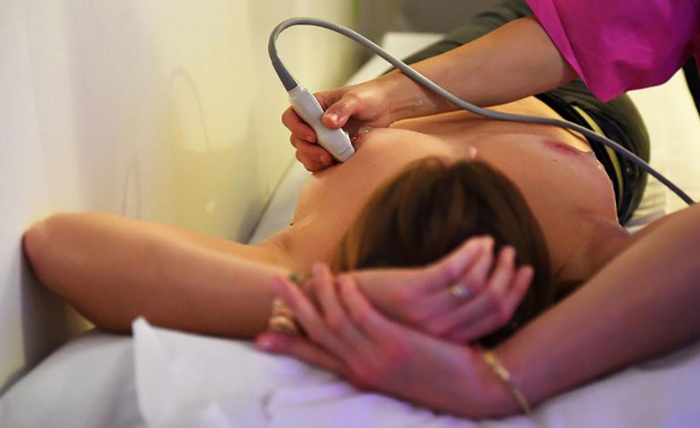 Cancers du sein et de l'utérus: l'Assemblée vote la prise en charge à 100% pour une consultation à 25 ans