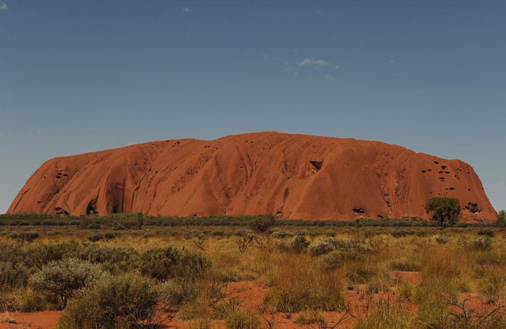 L'ascension d'Uluru, le rocher le plus célèbre d'Australie, sera interdite