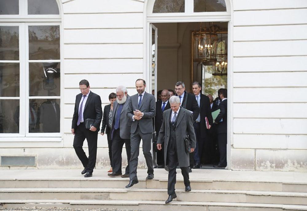Les élus calédoniens à Matignon pour préparer le référendum d'autodétermination
