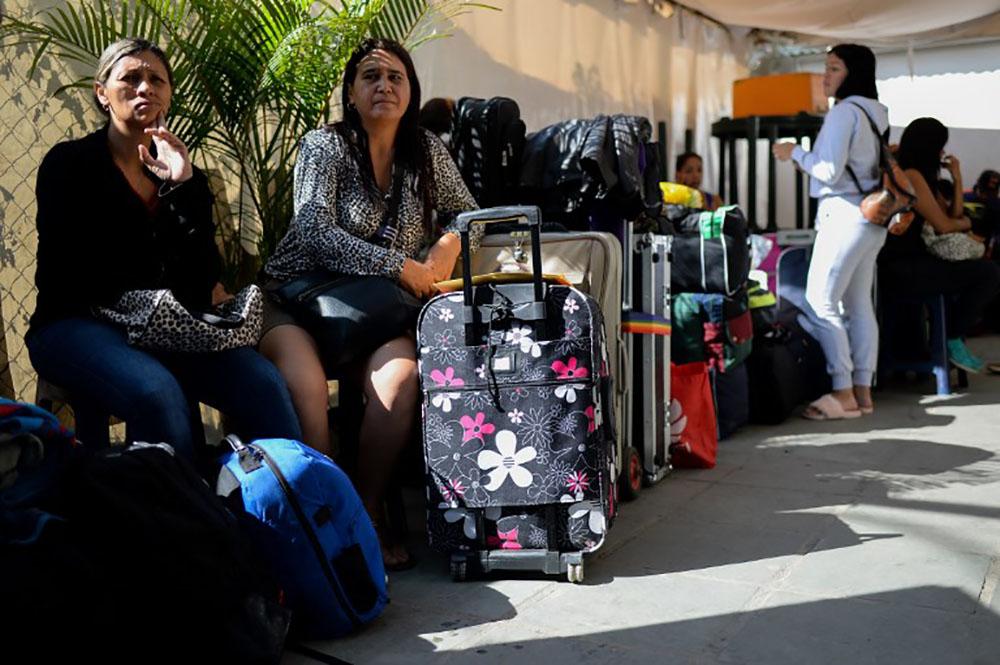Guadeloupe: 117 personnes venues du Venezuela sans permis de travail renvoyées chez elles