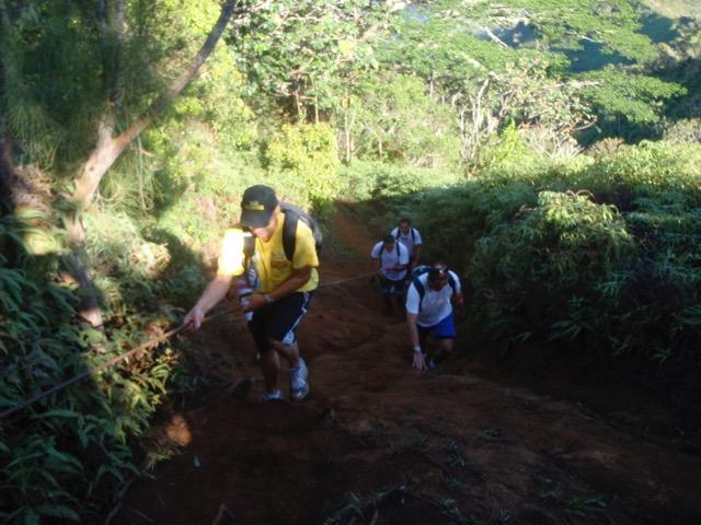 Deux randonneurs secourus à Moorea