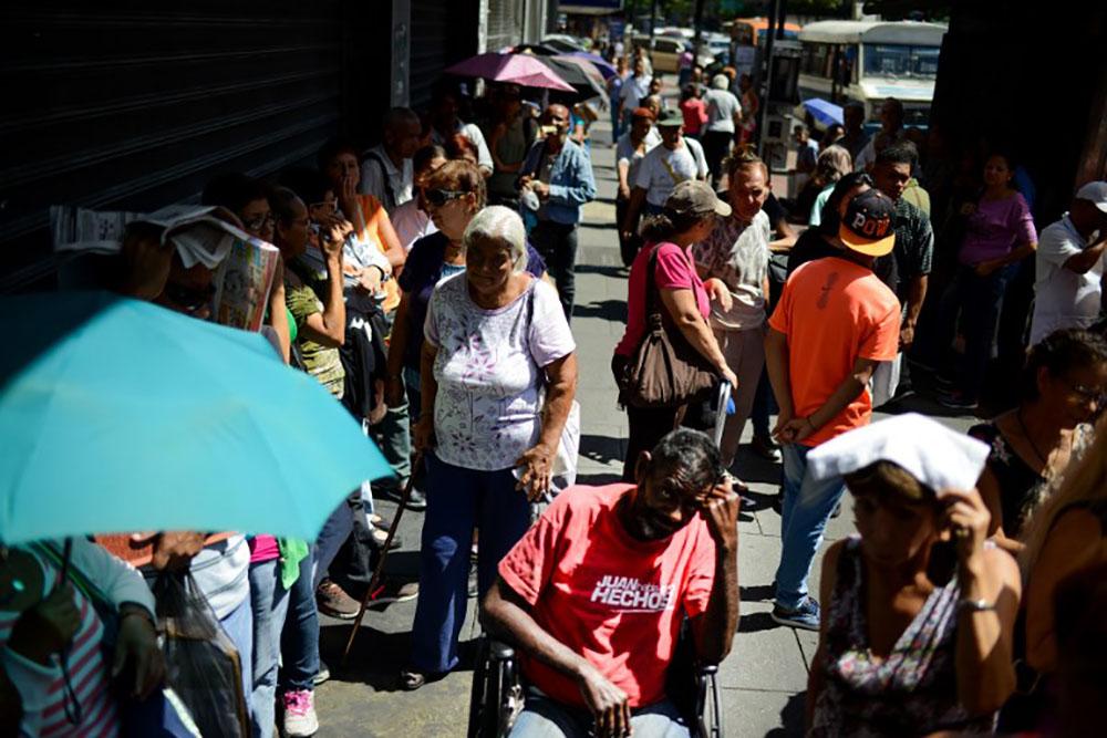 Proche du défaut de paiement, le Venezuela face à une journée-clé
