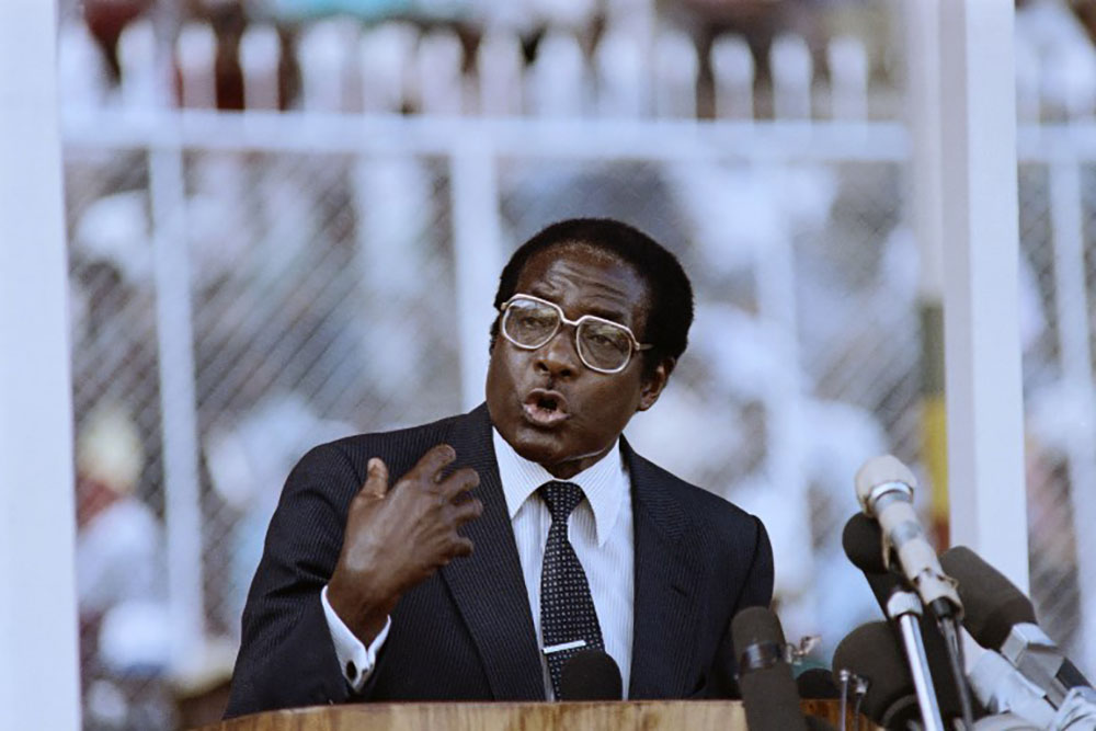 Zimbabwe: le président Mugabe détenu par l'armée déployée dans la capitale