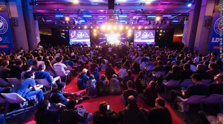 Métiers du numérique: Des conférences en réalité virtuelle et un tournoi de eSport