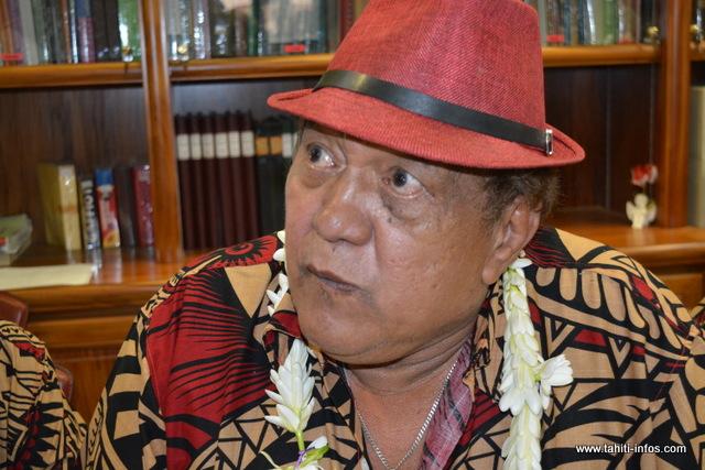 """Concours littéraire : Etetiera Tchong Tai remporte le prix """"John Tāroanui Doom"""""""