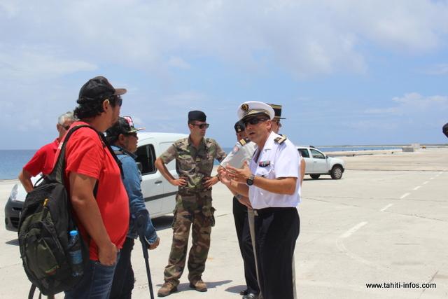 Sur place, les associations ont été accueillies par les militaires déployés à Moruroa.
