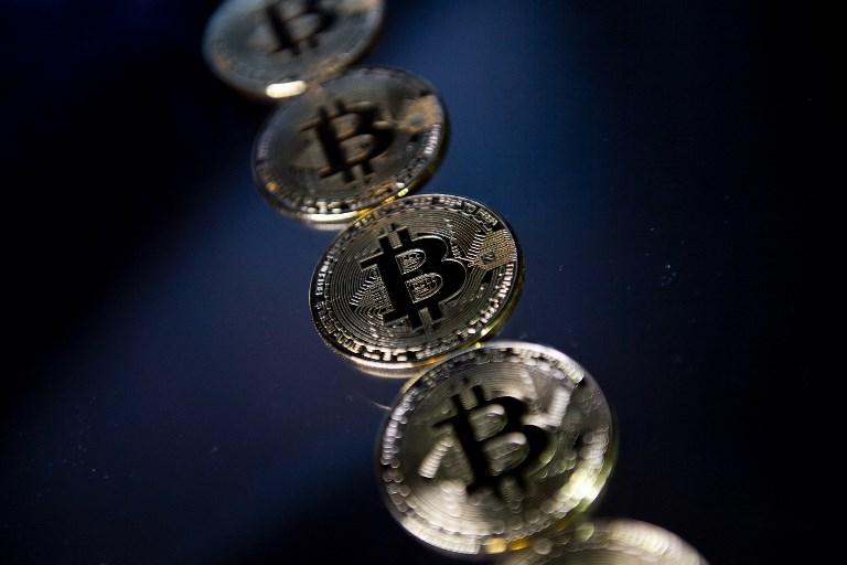 Le bitcoin décroche un nouveau record au-delà des 15.000 dollars