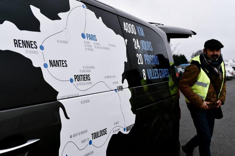 Droit des prisonniers basques: départ d'une marche entre les prisons d'Ile-de-France