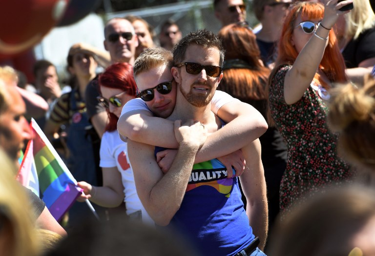 Australie: les organisateurs de mariages se préparent après le feu vert royal à l'union gay