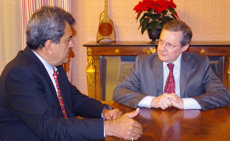 Le président Edouard Fritch avec président de la commission des lois du Sénat, ce mercredi à Paris.