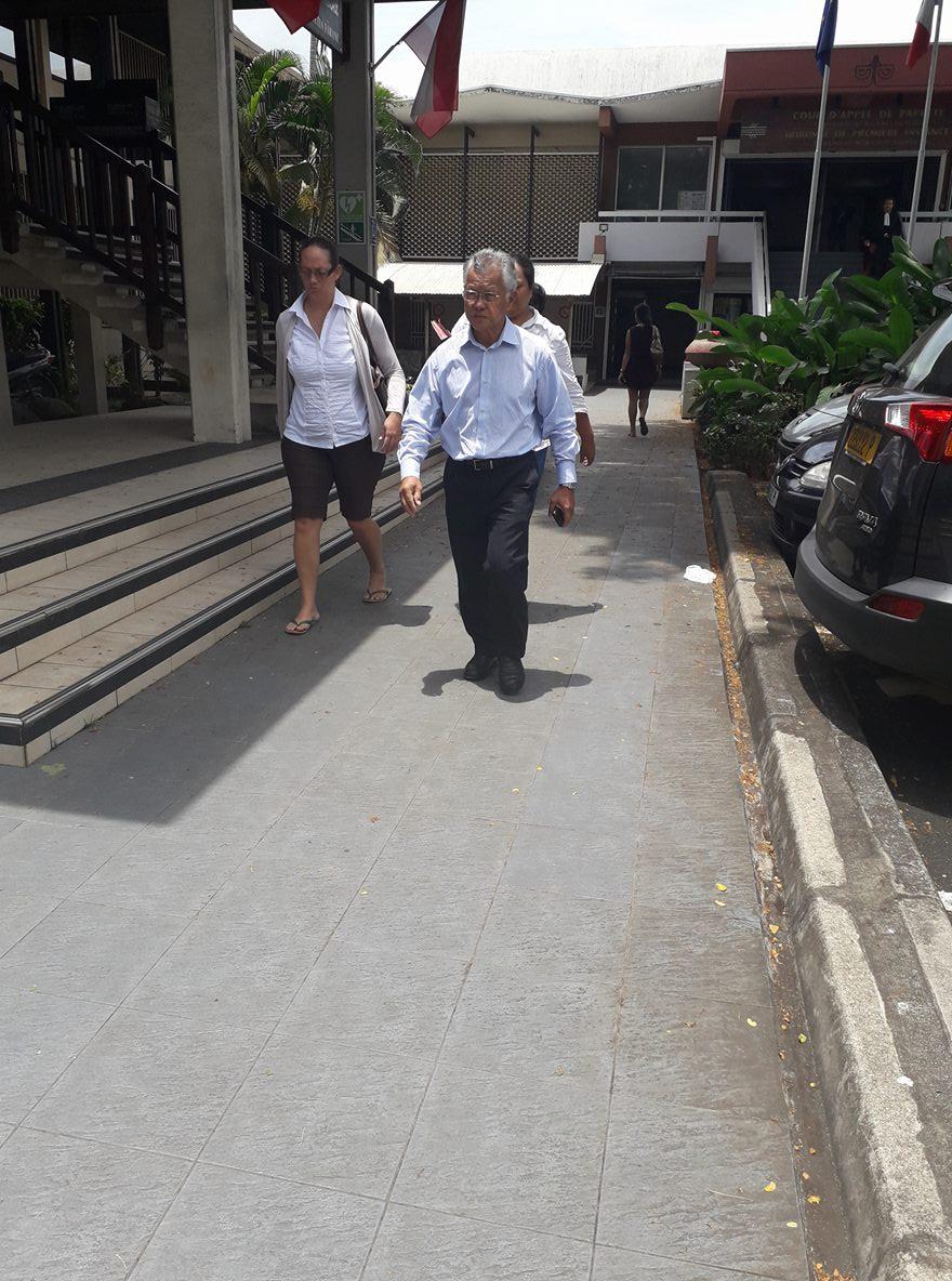 """Contrats-cabinet : Gaston Tong Sang jugé pour """"détournement de fonds"""" en appel"""