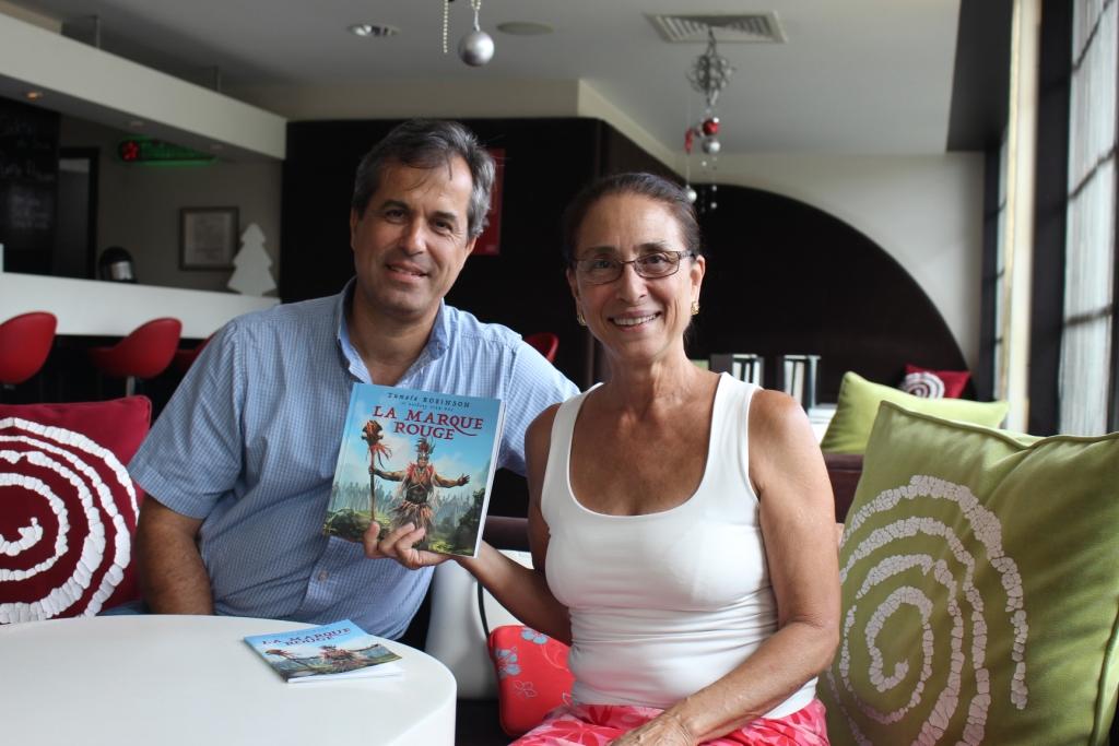 Jean-Luc Bodinier de 'Api Tahiti et Tumata Robinson, chef de troupe et auteur de La Marque rouge.