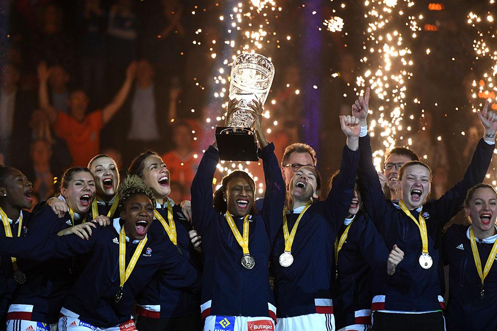 Mondial-2017 dames de hand - Le temps des célébrations, avec l'Euro-2018 en tête