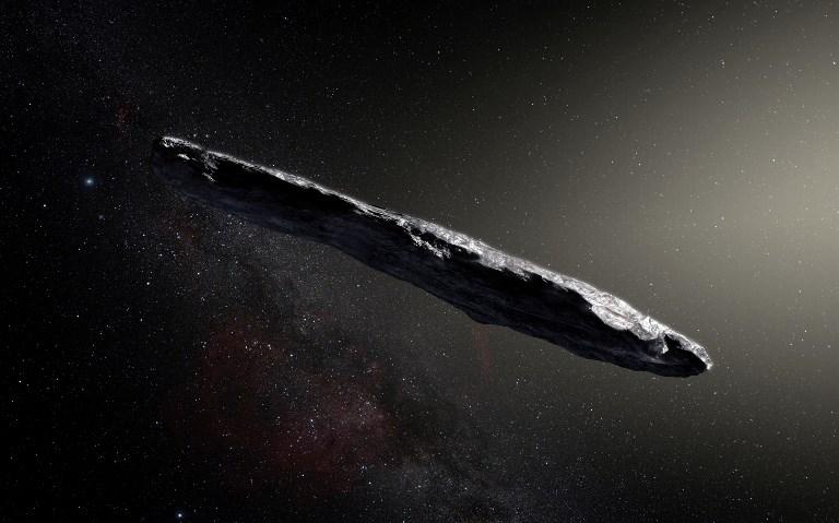 Un manteau protecteur pour le voyageur interstellaire Oumuamua