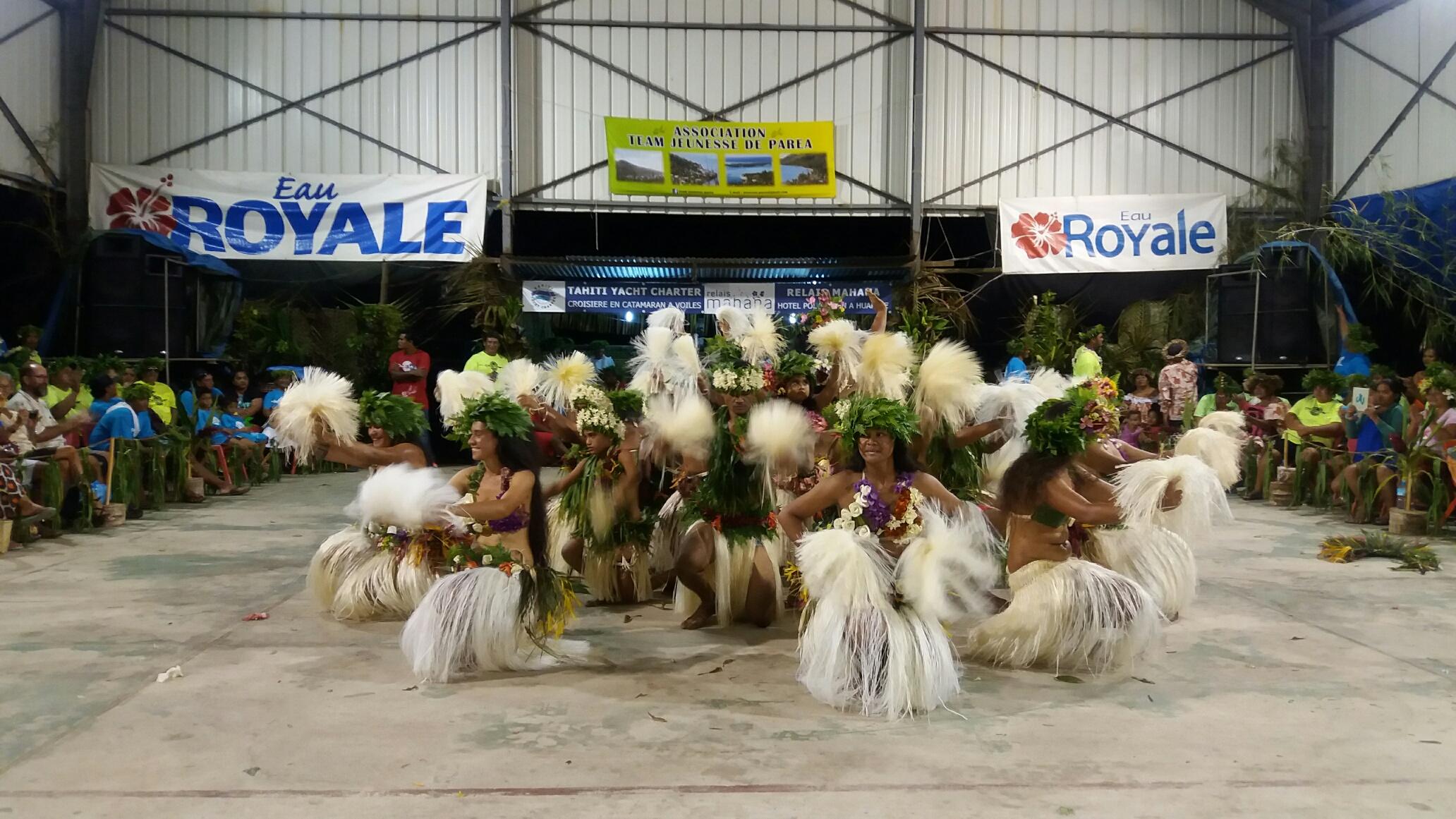 En soirée, le public pourra apprécier les différentes prestations des groupes de danse.