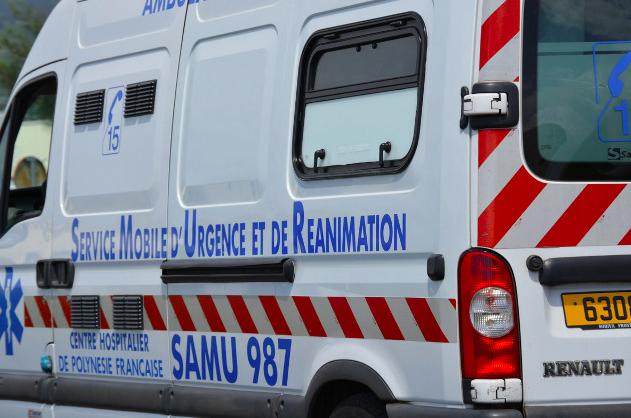 Un jeune scootériste meurt sur la route à Punaauia