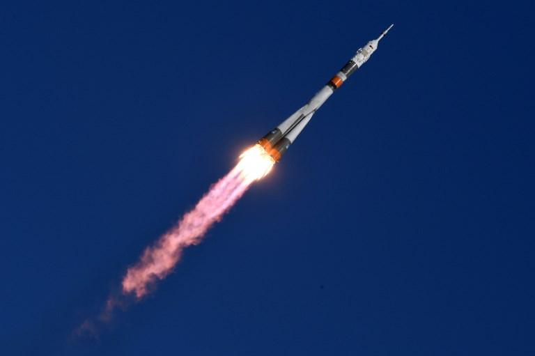 La Russie perd le contact avec le premier satellite angolais