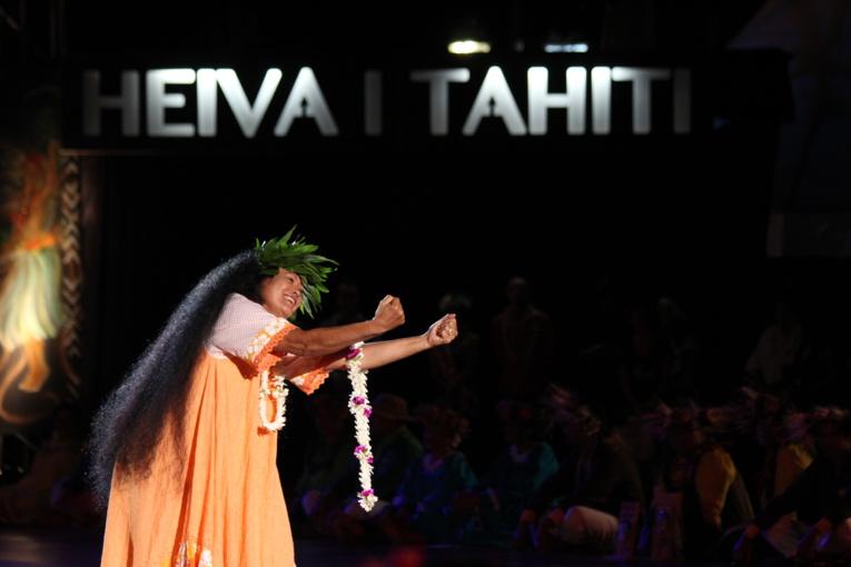 "Athanase Teiri, ""roi"" autoproclamé de la communauté Pakumotu."