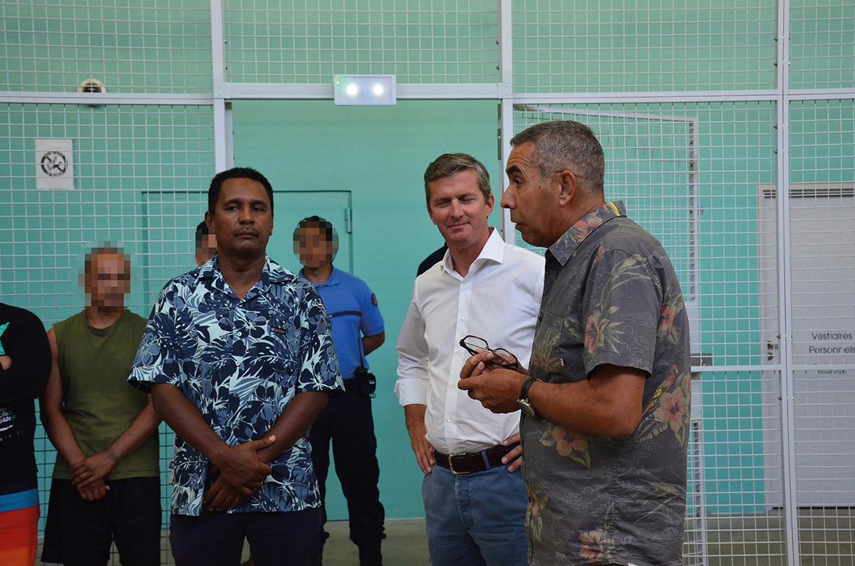 Août 2017 dans le rétro : la colère des étudiants de la Presqu'île, le fiu des chauffeurs de taxi et une nouvelle arnaque à Mahina
