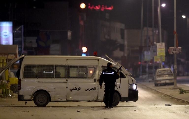 La Tunisie théâtre de nouveaux heurts, des centaines d'arrestations