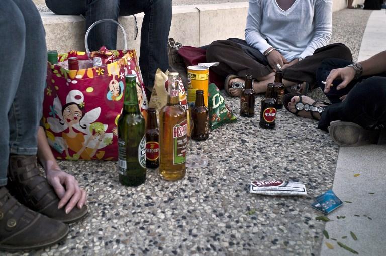 Les adolescents australiens boivent beaucoup moins qu'il y a 20 ans