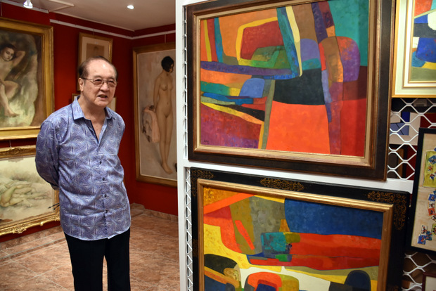 Paul Yeou Chichong, 84 years old and owner of 350 paintings from the great masters