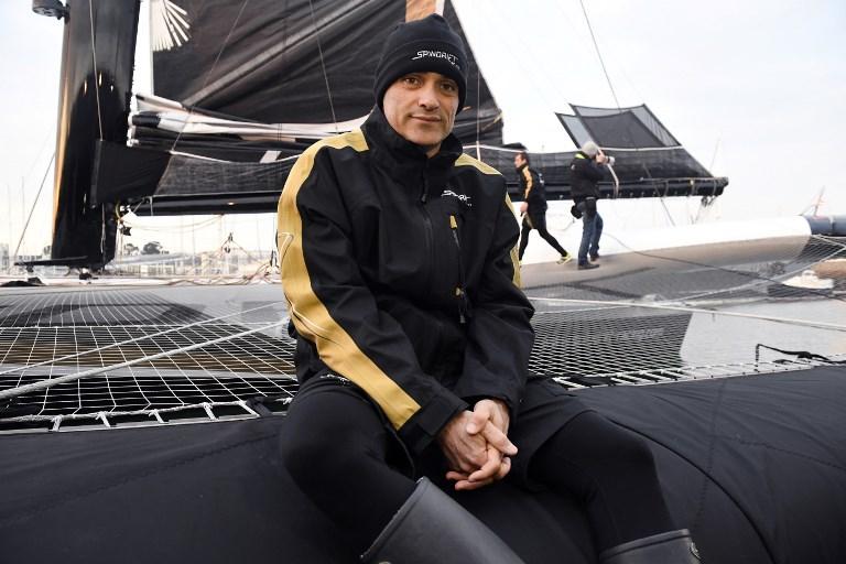 Trophée Jules Verne - Yann Guichard s'élance depuis Brest