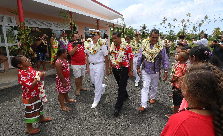 Raiatea : inauguration de fare pour l'accueil des croisiéristes et d'une nouvelle école