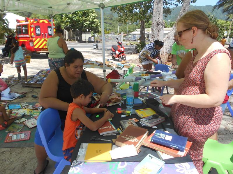 L'association Polynélivre Moorea a animé des ateliers de lecture, ce samedi à Vaiare, en marge de la «Nuit de la lecture».
