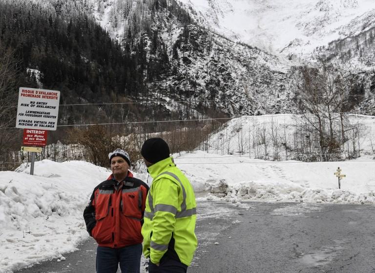 Risque maximal d'avalanches: Chamonix évacue des chalets et confine des habitants