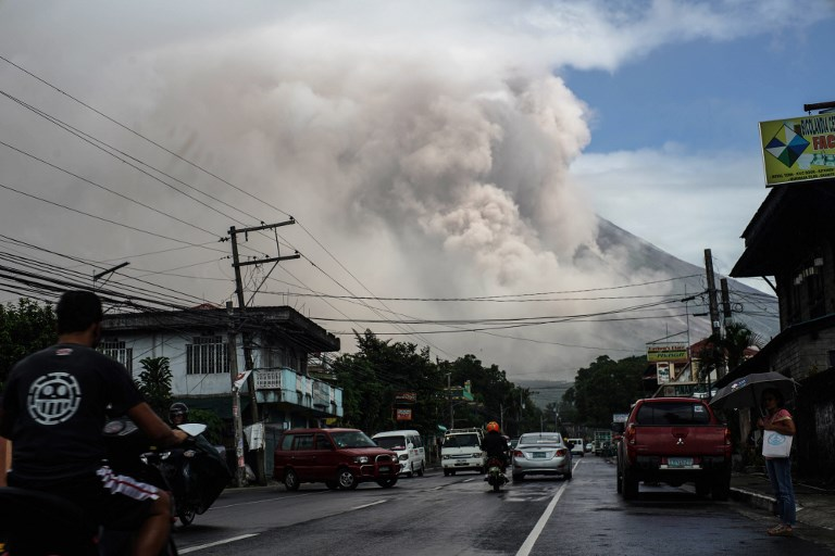 Philippines: menace d'éruption imminente du volcan Mayon