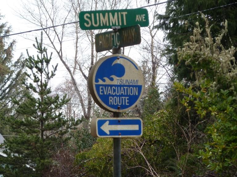 Alertes au tsunami levées en Alaska et sur la côte Ouest du Canada
