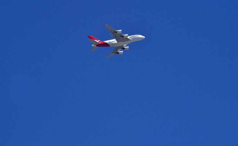 Enquête ouverte après l'avarie moteur d'un A380 durant un vol Paris-Los Angeles
