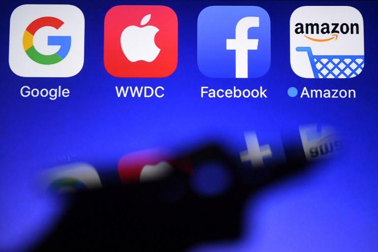 Facebook toujours en forme mais ses usagers y passent moins de temps