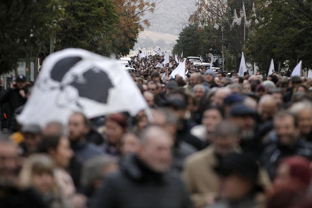 """Les leaders nationalistes appellent Macron à saisir une chance """"historique"""" en Corse"""