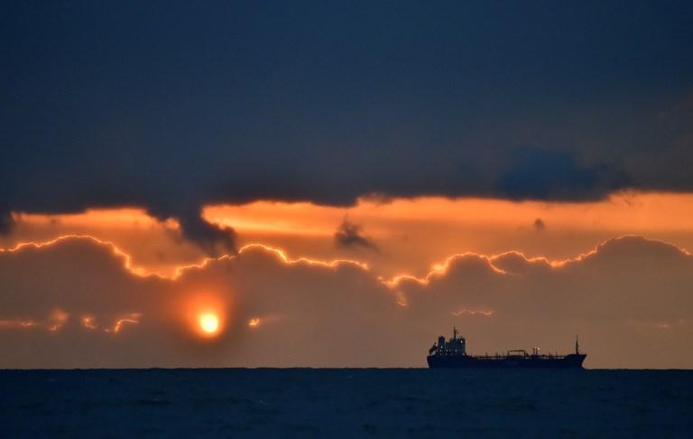 Golfe de Guinée: les pirates relâchent un pétrolier avec 22 marins indiens