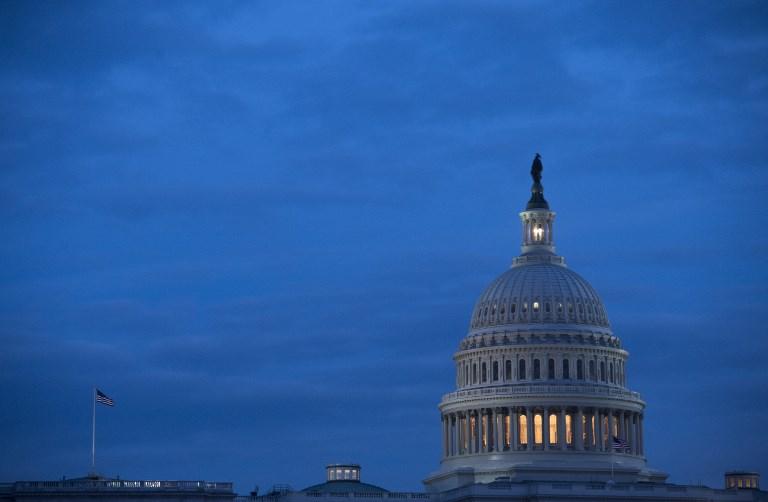 """USA: Trump signe l'accord budgétaire adopté par le Congrès et met fin au """"shutdown"""""""