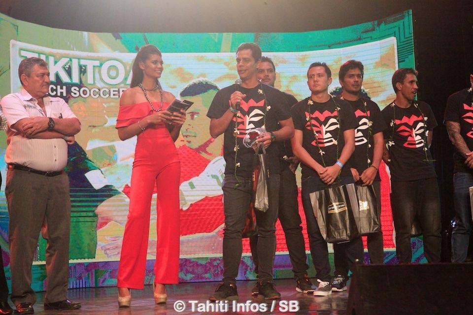 Thierry Ariiotima avec les Tiki Toa