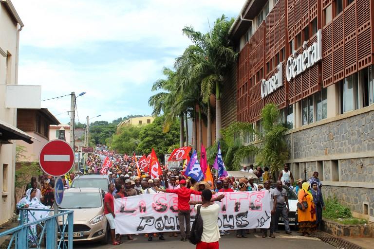 Insécurité à Mayotte: les contestations se poursuivent malgré les annonces gouvernementales