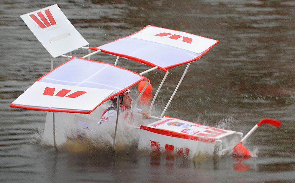 Dans un fleuve de Melbourne, des objets volants pas toujours identifiés