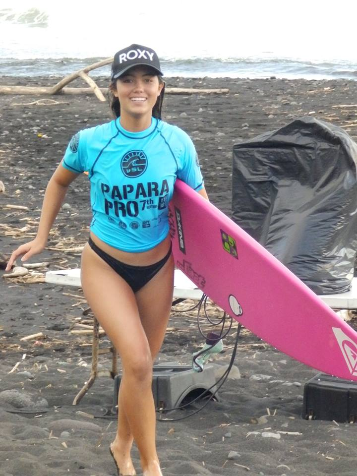 La Hawaiienne Leila Riccobuano gagne chez les jeunes filles