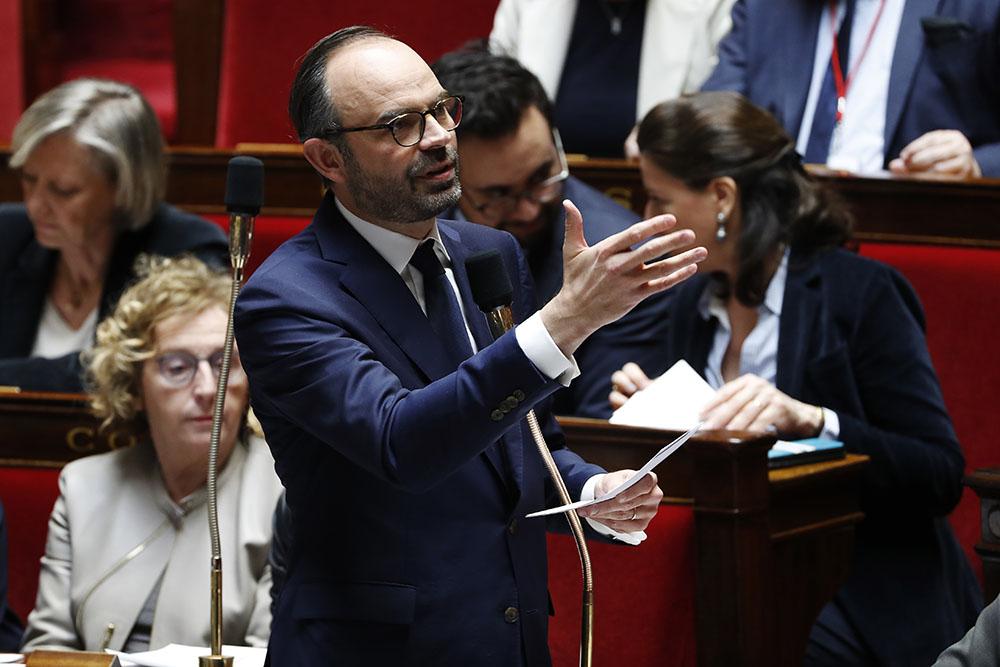 """N-Calédonie: le référendum n'est pas """"sans risque"""", prévient Philippe"""