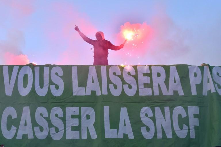 La grève à la SNCF suspendue à la décision des syndicats