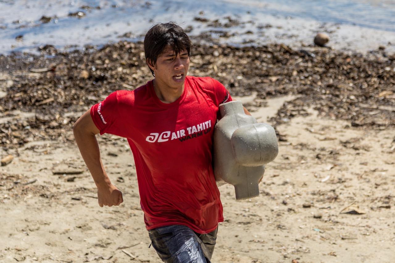 Teavatea Wong, premier du championnat waterman © Jérôme Brouillet