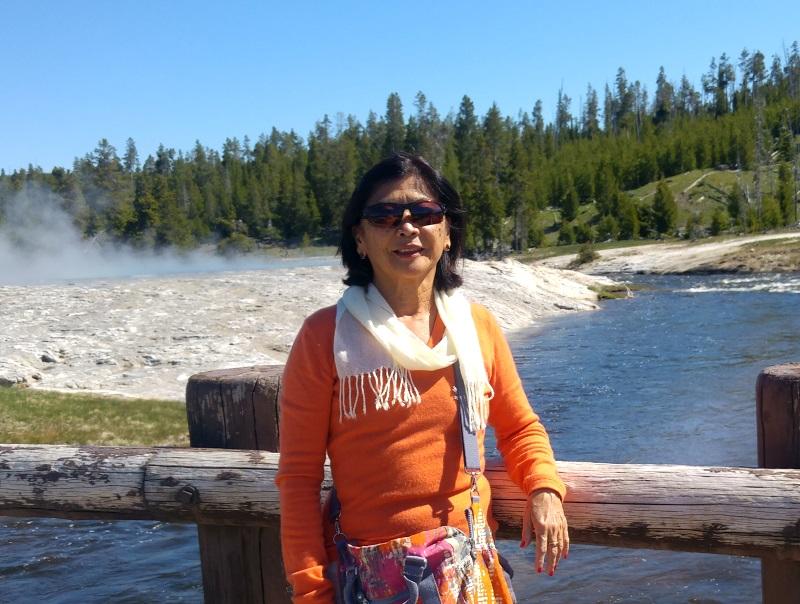 Éliane Chungue profite aujourd'hui de sa retraite, mais reste une scientifique reconnue dans le monde entier
