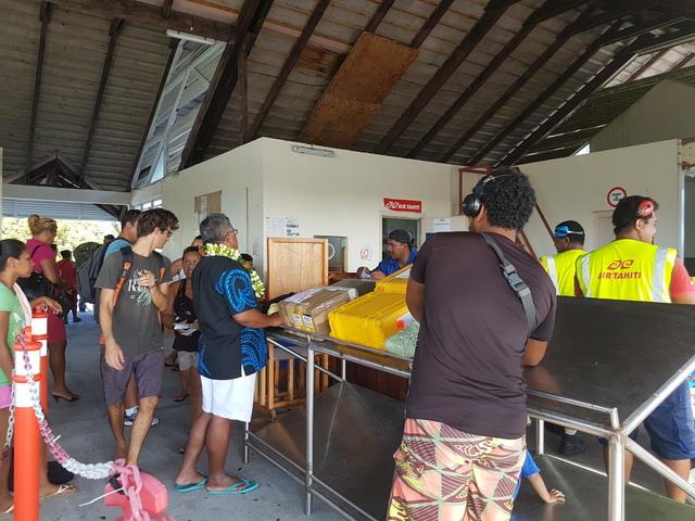 Avec près de 700 kg en plus pour le fret, huit passagers de Raroia n'ont pas pu prendre leur vol jeudi dernier pour Papeete.