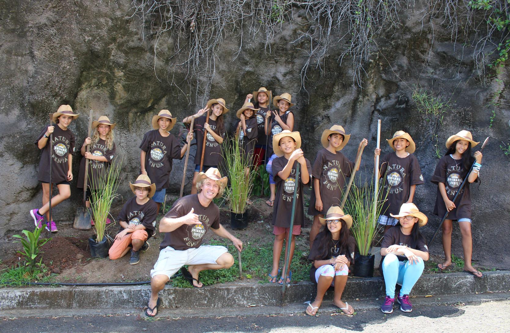 Les élèves auront pour mission de sensibiliser leurs camarades sur l'importance de l'environnement, le tri et le recyclage au sein de l'école, la propreté et la végétalisation de La Mennais.